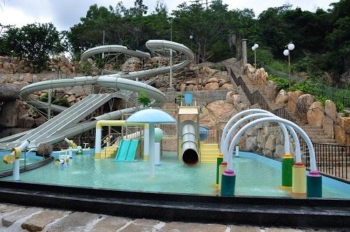Công viên nước khoáng I-RESORT